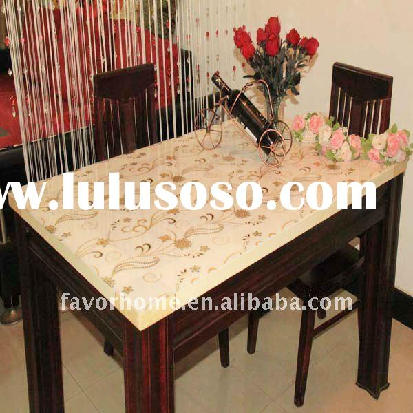 New-design luxury plastic table cover