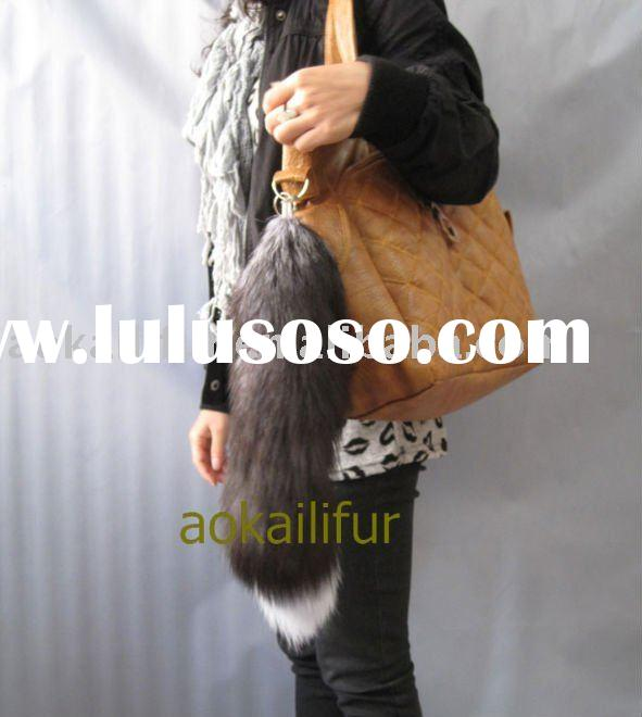 SLIVER FOX FUR TAIL CHEY CHAIN & BAG HANGING GARMENT ACCESORIES