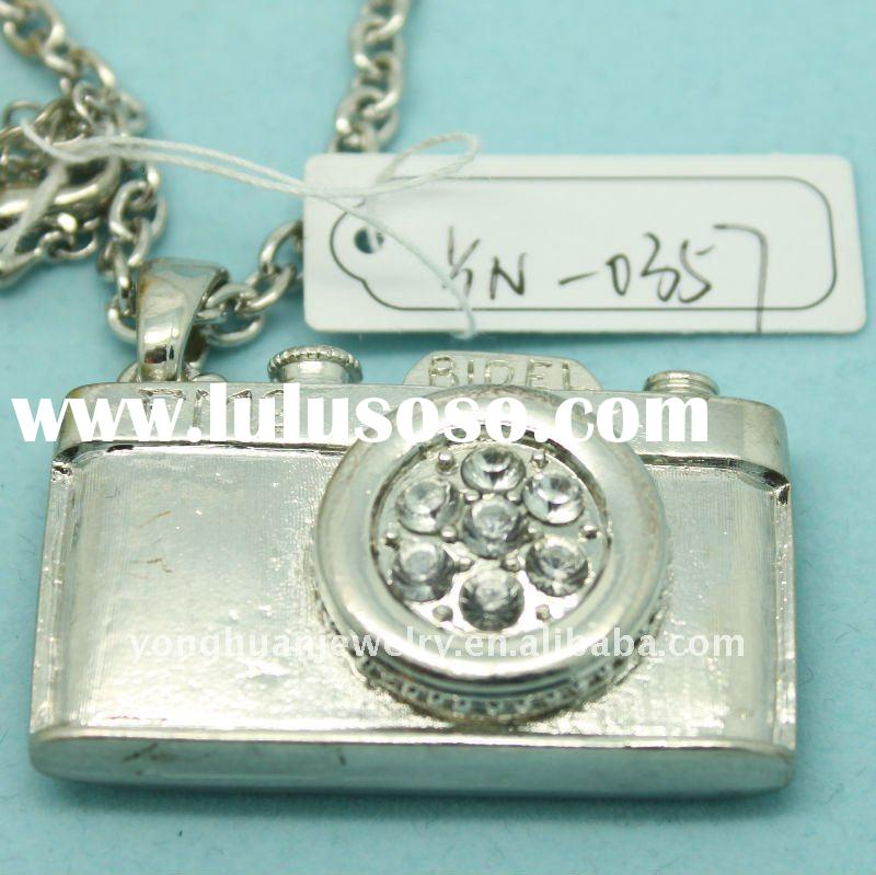 silver plated vintage camera necklace