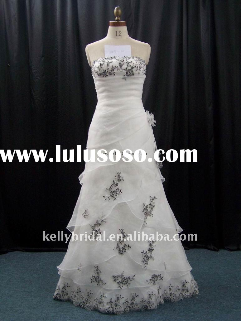 white organza and black lace botton wedding dress 2009-05
