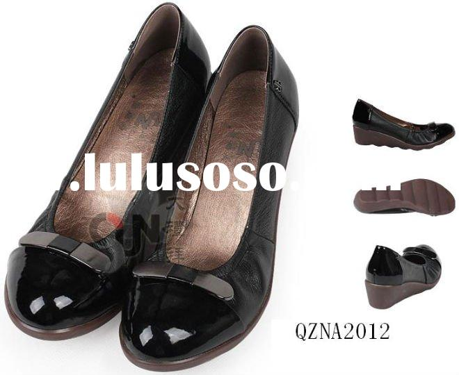 black-non-slip-shoes-for-women1-300x300.jpg
