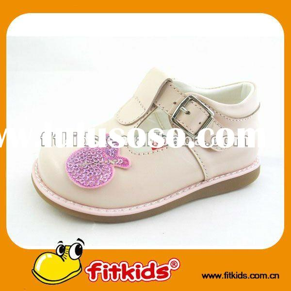 2011 lovely baby shoes with high quality and reasonable price