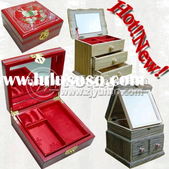 2012 New Style Small Handcrafted Wooden Jewelry Box with Mirror
