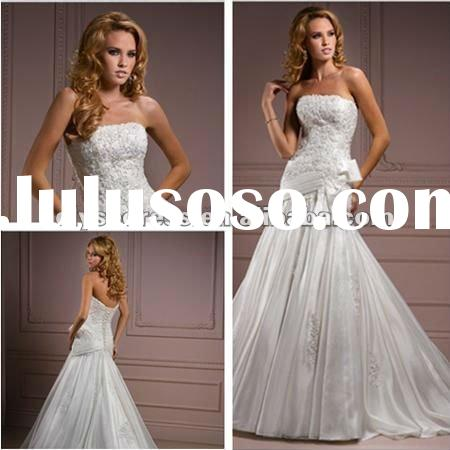 Engrossing Ball Gown Hand Flower Beaded White Wedding Dresses 2012 Unique