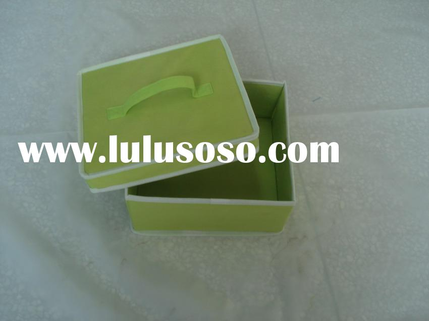 Nonwoven Folded Storage Box With Cover