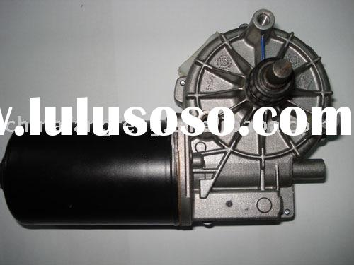 Windshield wiper motor for heavy-duty trucks