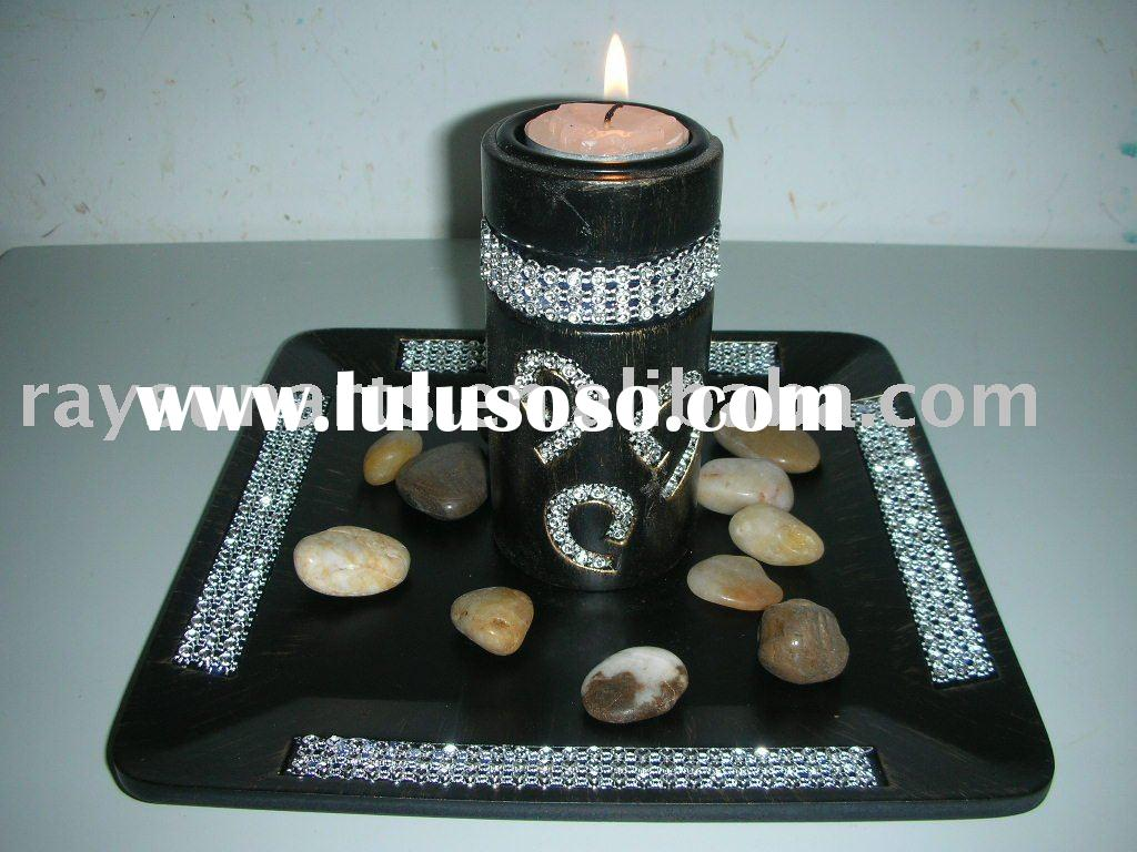 wooden base candle holder with diamonds