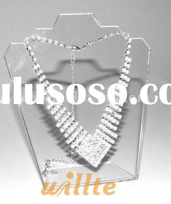 Clear Acrylic Display Jewellery Pendant Bust