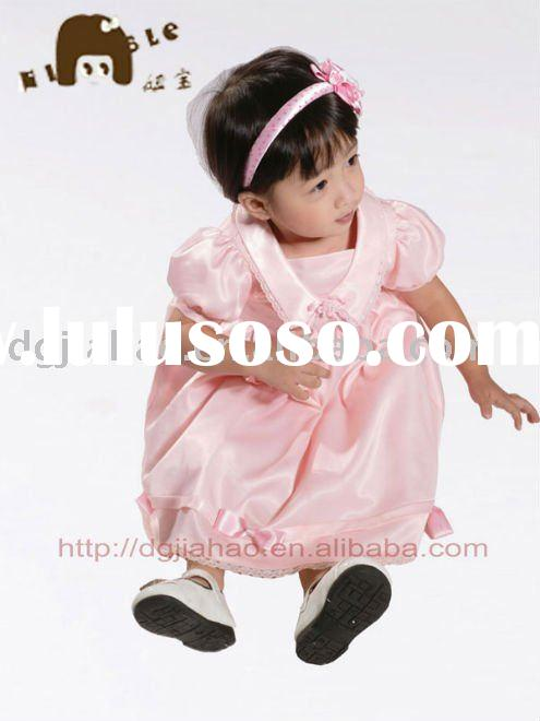 Hot sale short sleeves pink lovely baby soft satin girl's party dress B10170