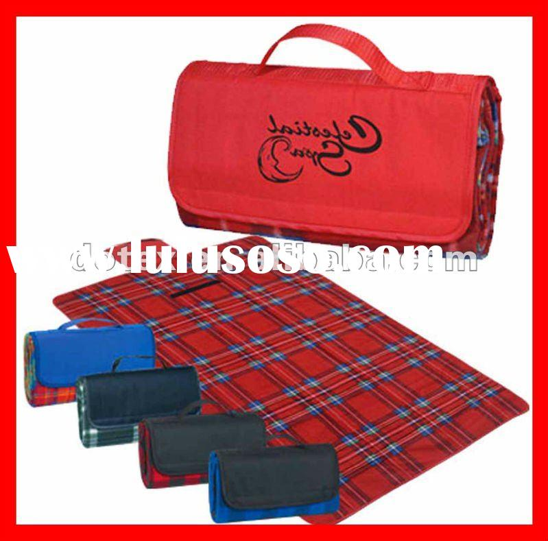 Nylon Flap For Printed Polar Fleece Bounded PE Or PVC Waterproof Picnic Blanket