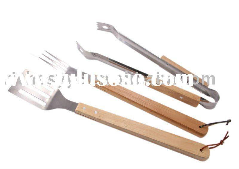 Stainless Steel BBQ 3 Tool Set With Wooden Handle