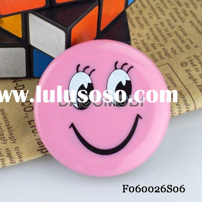 Smiling Face badge MP3 music Player Support 16GB Micro SD/TF card