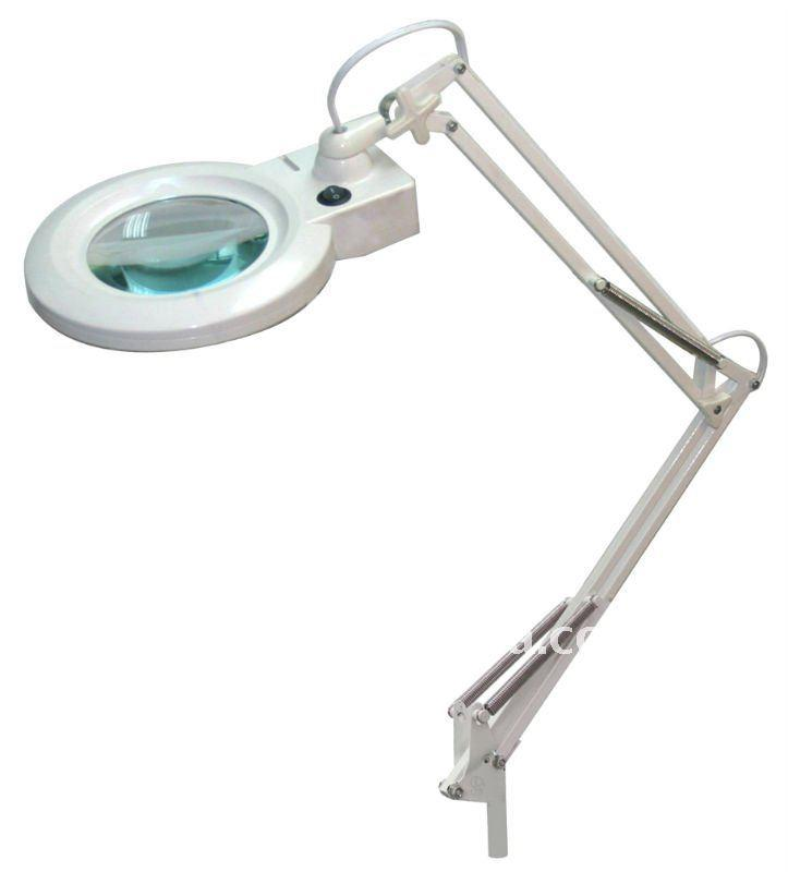 Swing Arm Clamp Magnifying Lamp