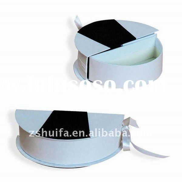 White and black gift box packaging round