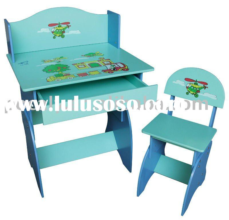 Eco-friendly wooden kids table and chairs (CT0358A)