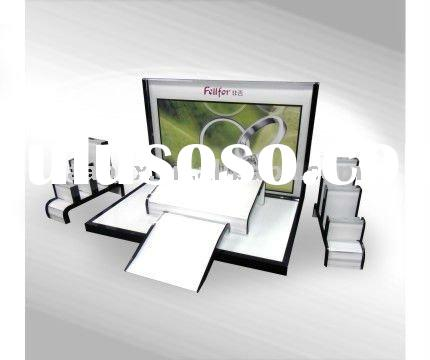 hot acrylic cosmetic display with tierd accessories