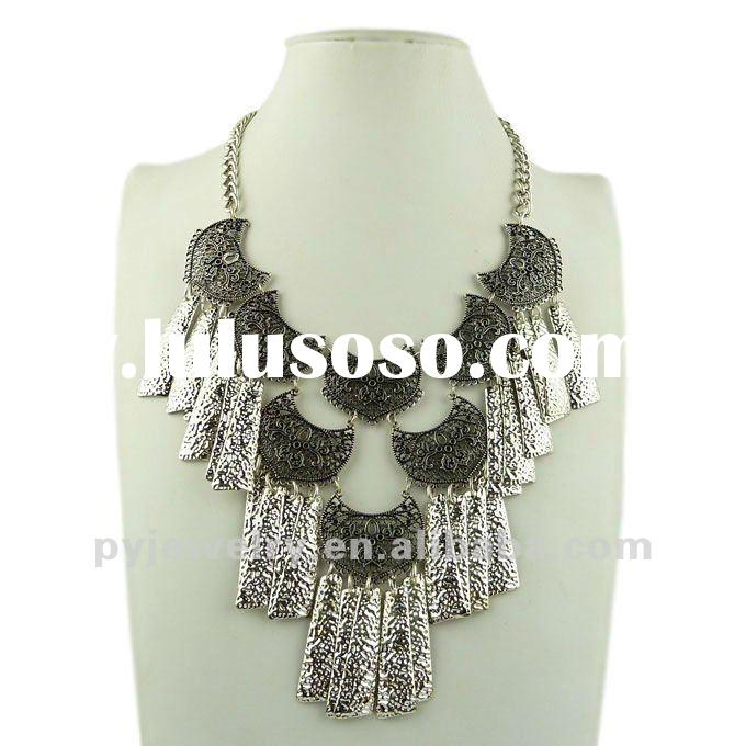 2012 Fashion Tassel Statement Necklace, Good Chunky Costume Jewelry