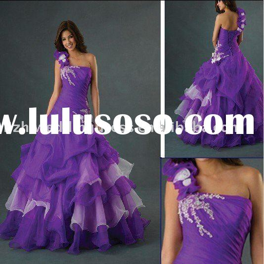 Beautiful one-shoulder ball gown purple hand-made flower quinceanera dresses