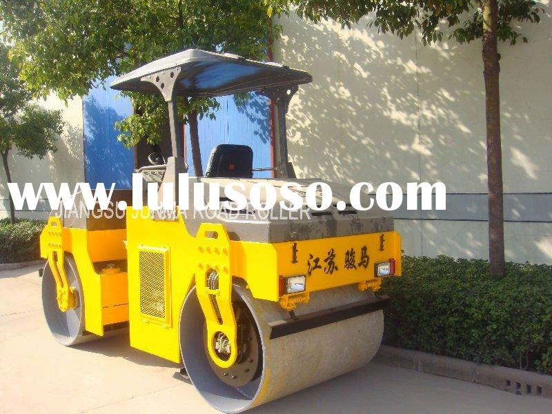 DOUBLE-DRUM VIBRATION ROAD ROLLER
