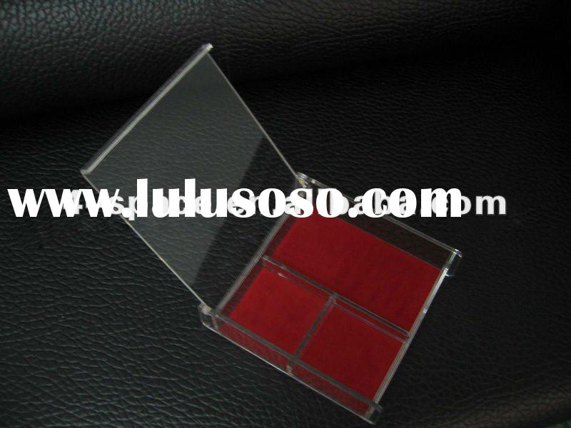 High quality acrylic gift box with a lid