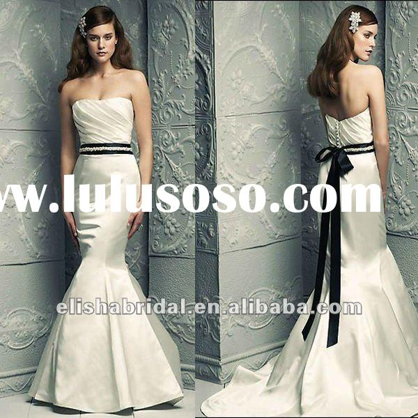 Fashion Fit And Flare Skirt Chapel Train Long Black And White Mermaid Wedding Dresses