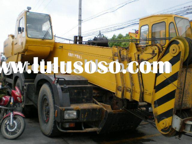 Used all terrain Crane kato 70 ton