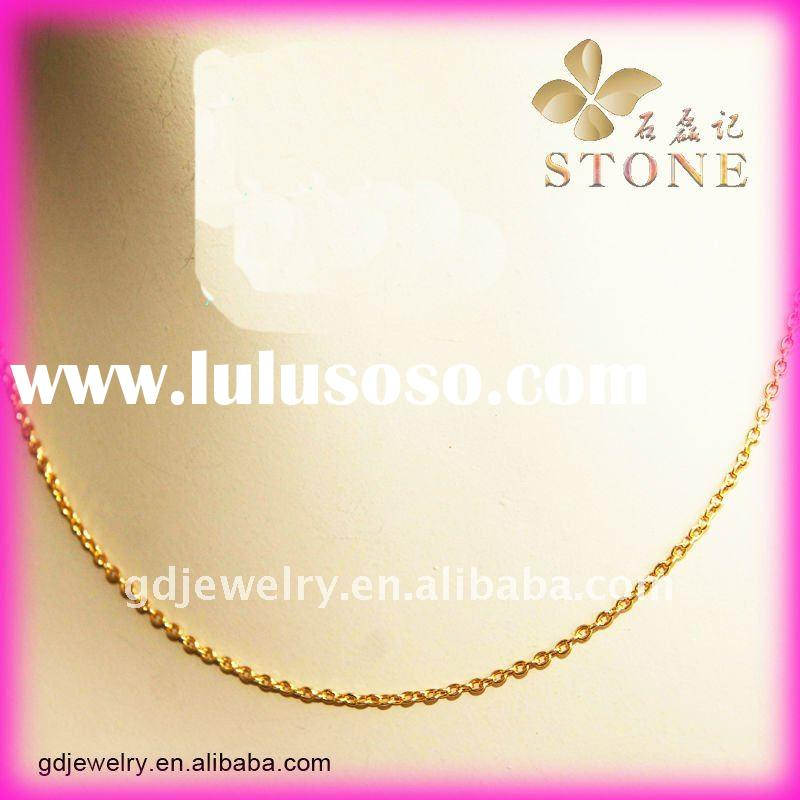 High end gracile 18 carat gold necklace