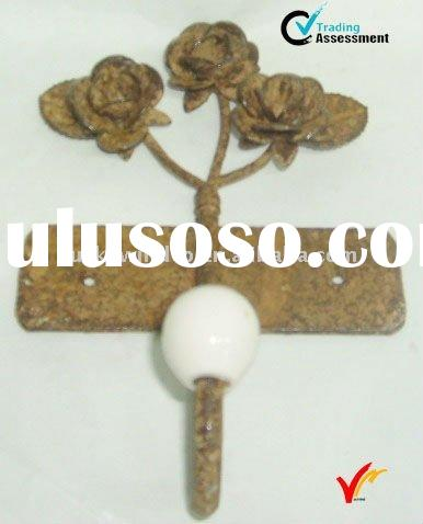 Retro metal wall decorative hook with flower