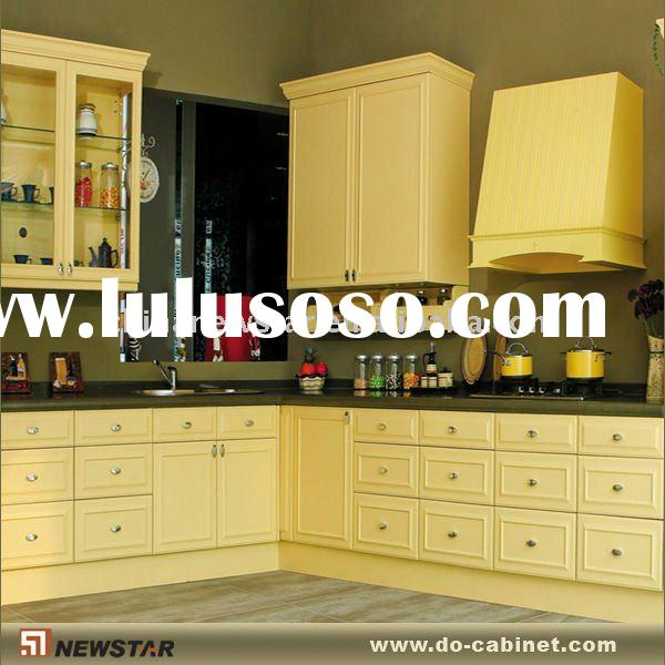 Cherry cabinets with bordeaux cream granite cherry for Cream kitchen carcasses