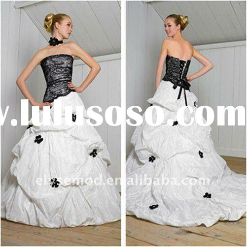 Gorgeous Ball Gown Strapless Chapel Train Taffeta White and Black Wedding Dress
