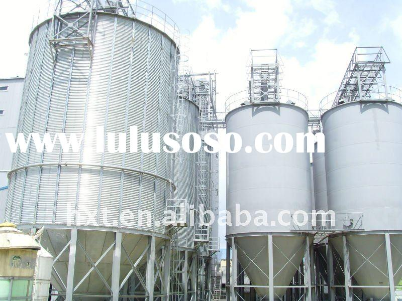 Grain steel silo with hopper bottom