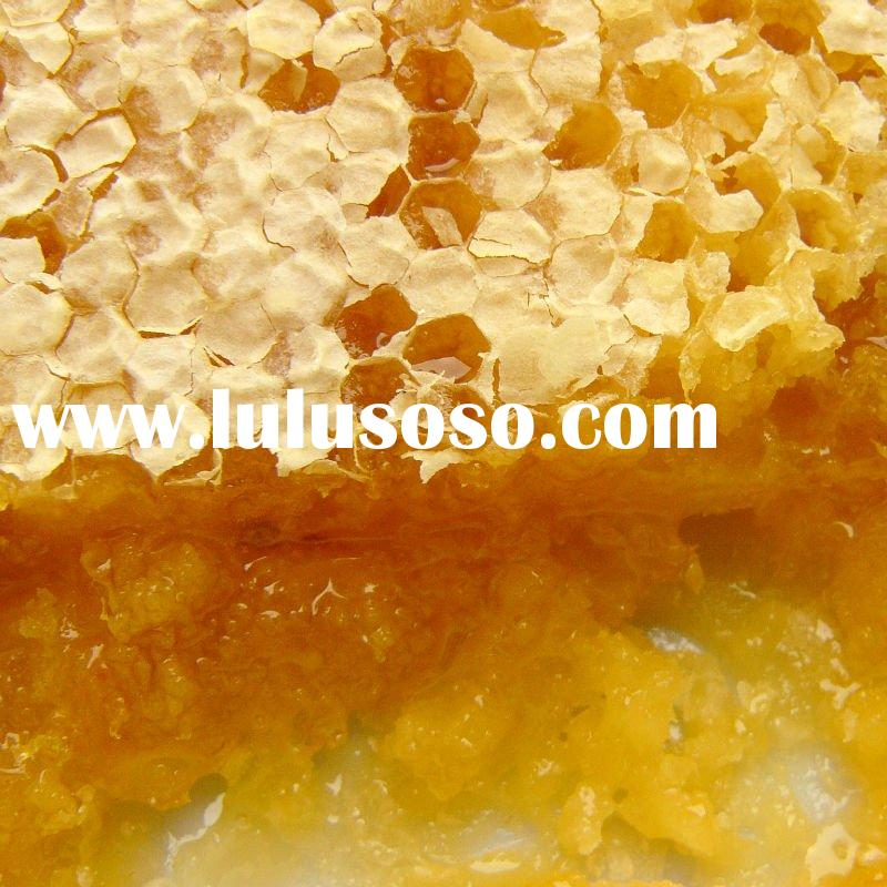 pure natureal comb honey