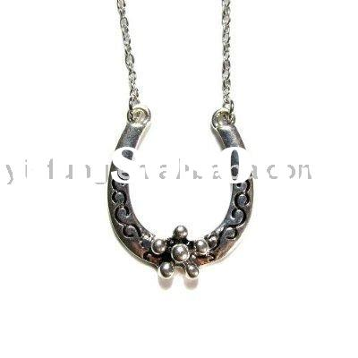 Horseshoe with Floral Pattern Silver Pendant on Chain Link Necklace