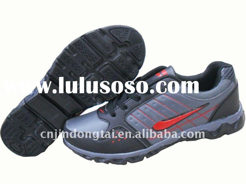 New fashion men athletic tennis shoes
