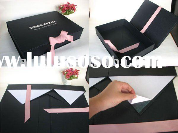 black color foldable paper gift box with pink ribbon for dress packing