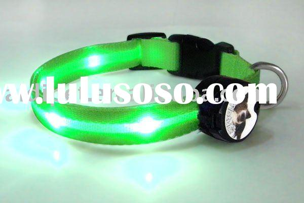 2011 The fashion Higt bright safty dogs collars dog supplies for your love dogs create in China