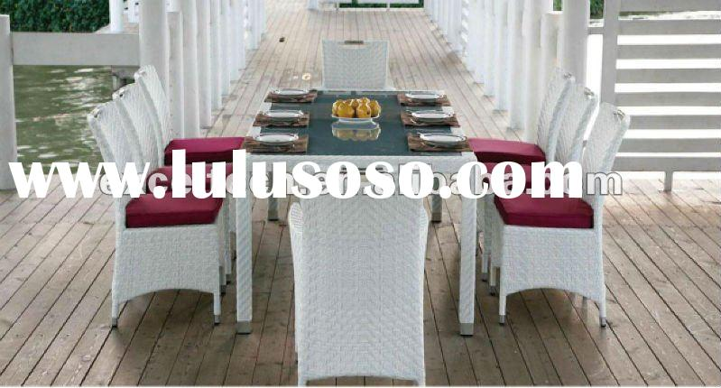 2012 outdoor luxury outdoor white rattan dining table and chair