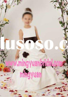 2011 Best Selling Ivory Appliqued Cheap flower girl dress