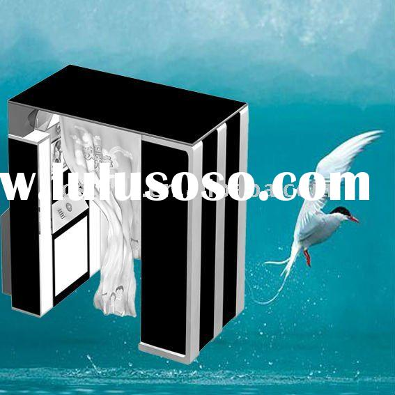 Amazing vending photo kiosk helps you start your own business.