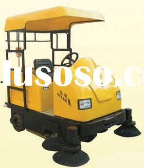 Ride-on industrial sweeper with automatic cleaning system and recharge battery, used for sweeping pa