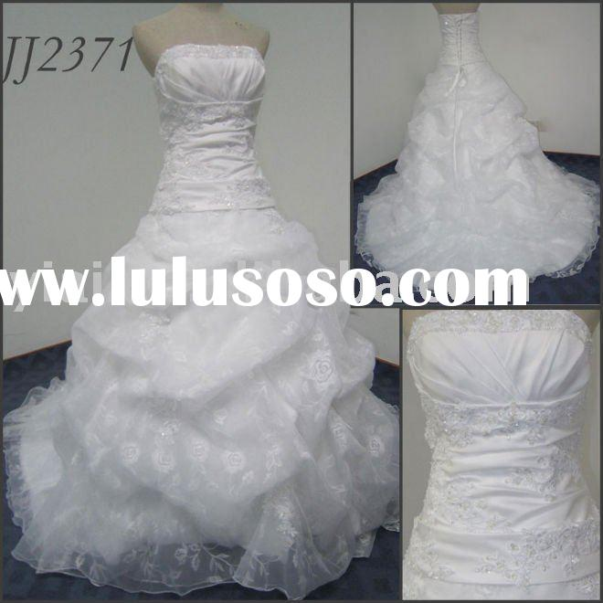 2011 new design free shipping high quality elgent ball gown style sweetheartstrapless wedding dress