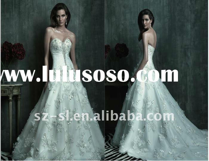 Classic A line Chapel Train Ruffle Applique Sweetheart Ball Gown Wedding Dress 2012