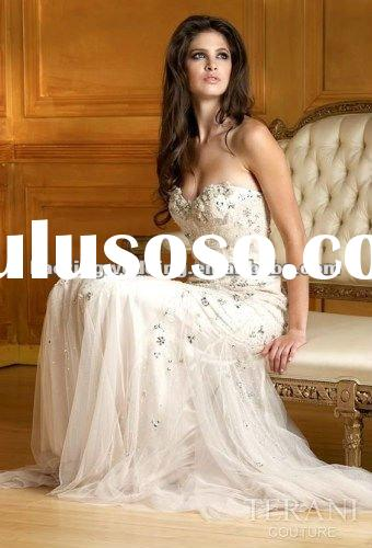 2012 Elegant Scoop Neck Lace Embroiedery Wedding Dress