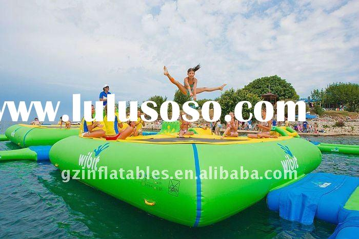 2012 new design inflatable water trampoline