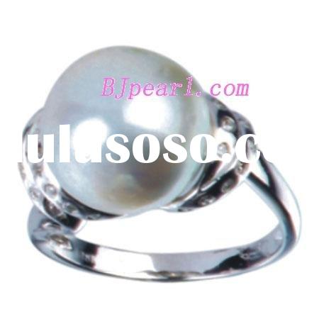 7.5# 11-12mm AA white Tahitian pearl and 14K platinum ring decorated by zircon.