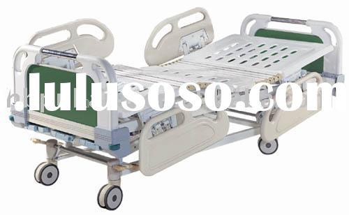 Three-Function Manual Hospital Bed with ABS Headboards and central brake castors