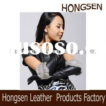 HS1038 ladies wearing leather gloves