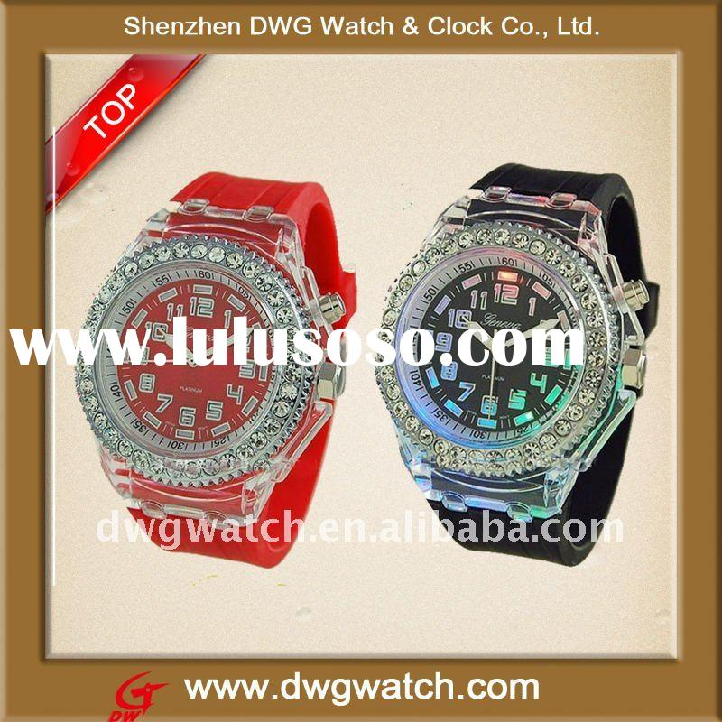 2011 Hottest Silicone LED Flashing Lights Up Watch