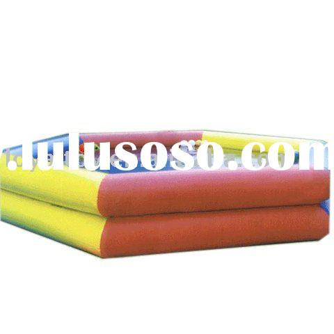 Durable inflatable swimming pool equipment