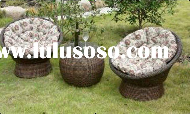 Rattan Garden Furniture/one table and two chairs